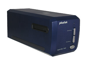 PLUSTEK OPTICFILM 7400 35mm FILM AND SLIDE SCANNER